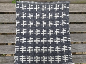 Hand-woven sample in double cloth using Shetland wool